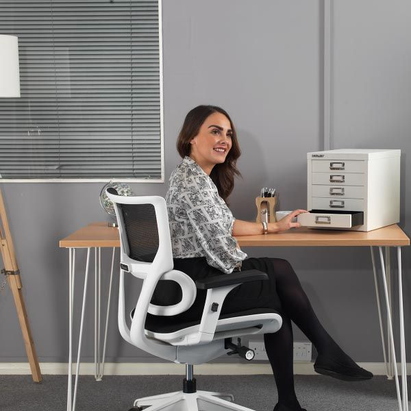Dynamo White Frame Fabric and Mesh Office Chair  | LockwoodHume